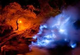 Surabaya Bromo Ijen Crater Blue Fire Tour