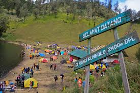 Trip To Ranu Kumbolo Lake (Climb And Camp)