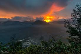 Bromo Sunset Tour Package