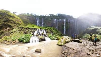 Semeru Bromo Ijen Tumpak Sewu Waterfall Tour Package 5 Days 4 Nights